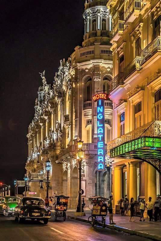 Kuba Havanna by Night - Hotel Inglaterra